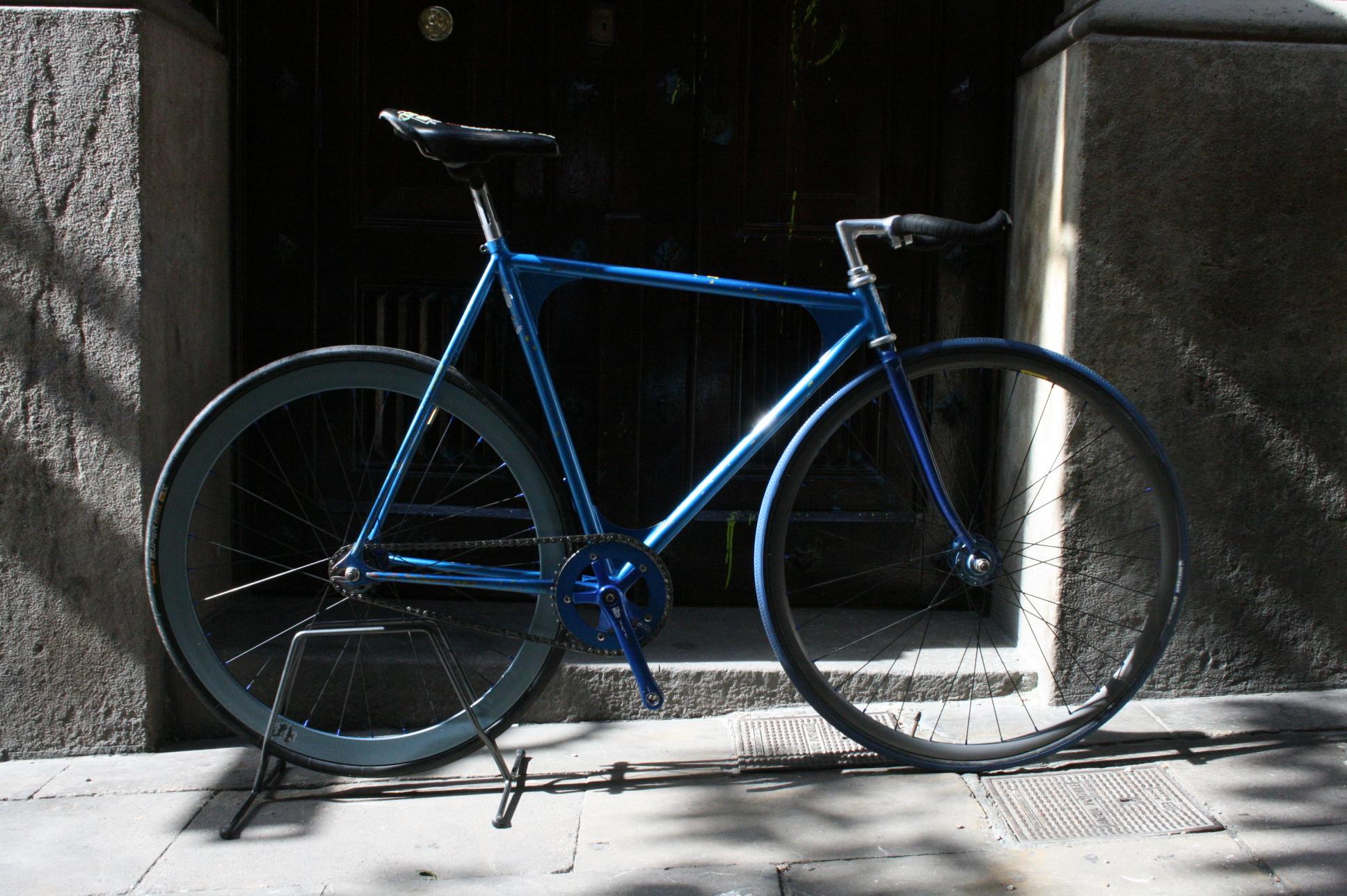Vendo bici de persecución con sloopin invertido, casi lista para ...